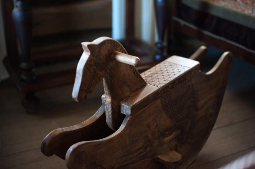 Rocking-horse Tradition