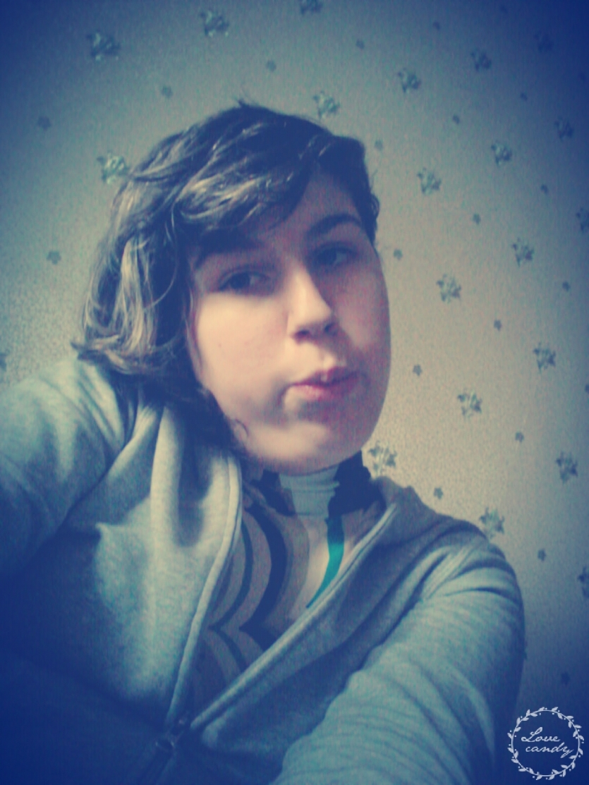 Kiss for you, you and you :3