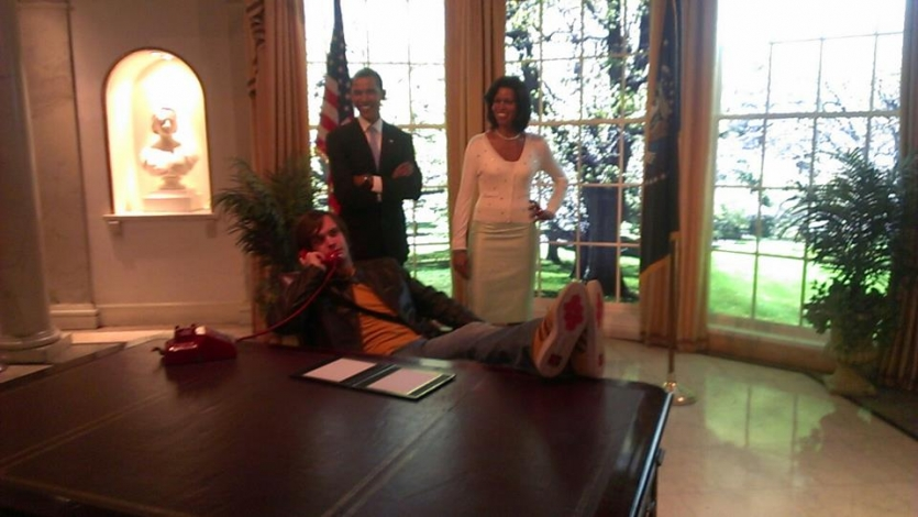 With Barac Obama and Michele Obama in White house