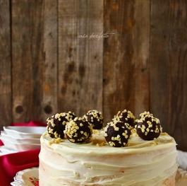 Chocolate cake with whiskey and peanut cream!