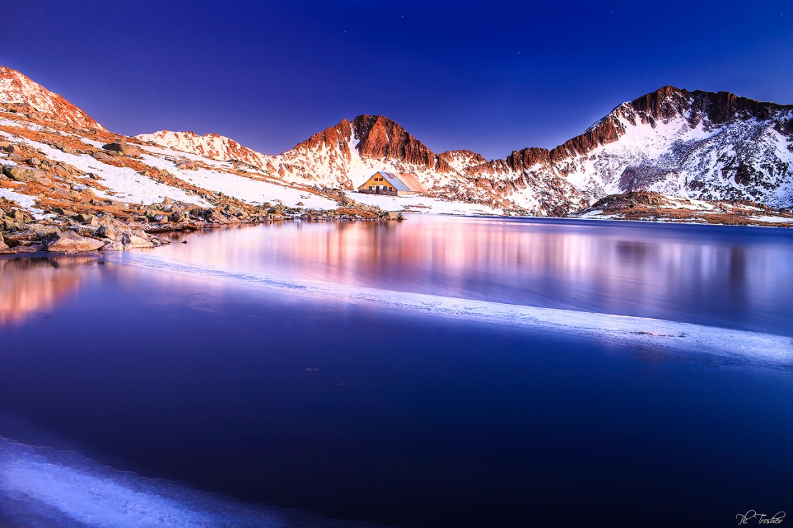 night on the froze lake