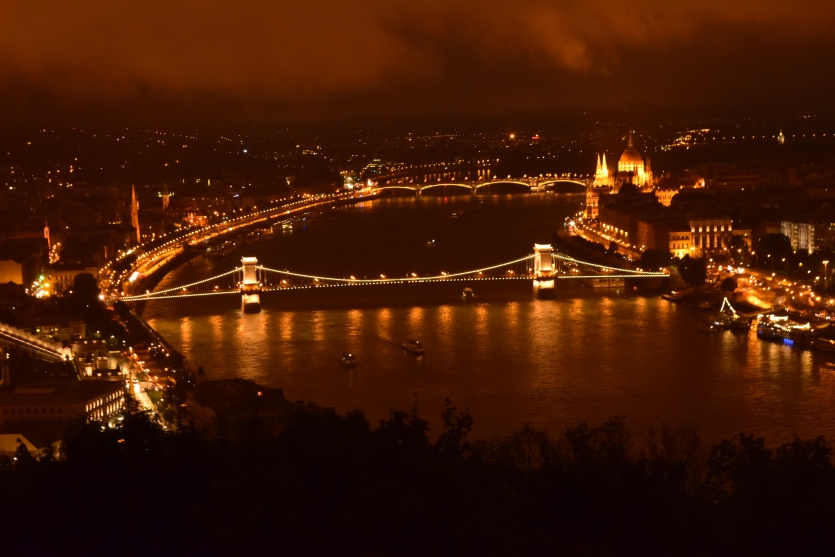 Széchenyi Bridge in the night.