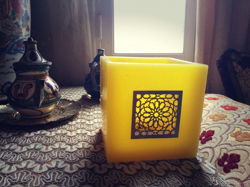 Moroccan candle