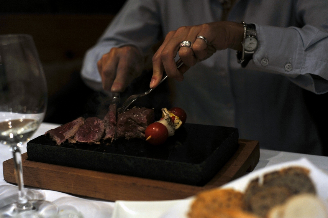 Meat on the hot stone