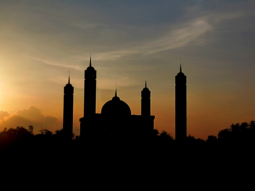 Sunset behind the Mosque