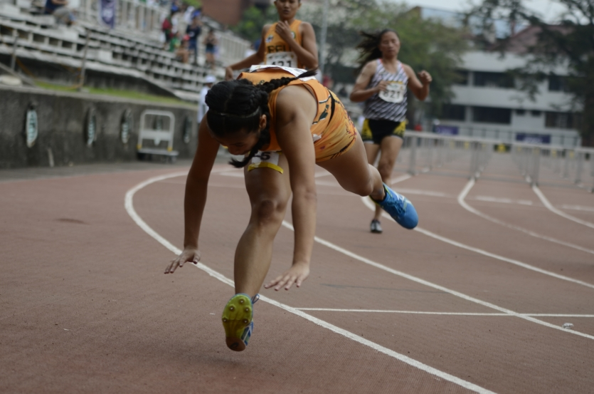 Hurdles Women Finals UAAP