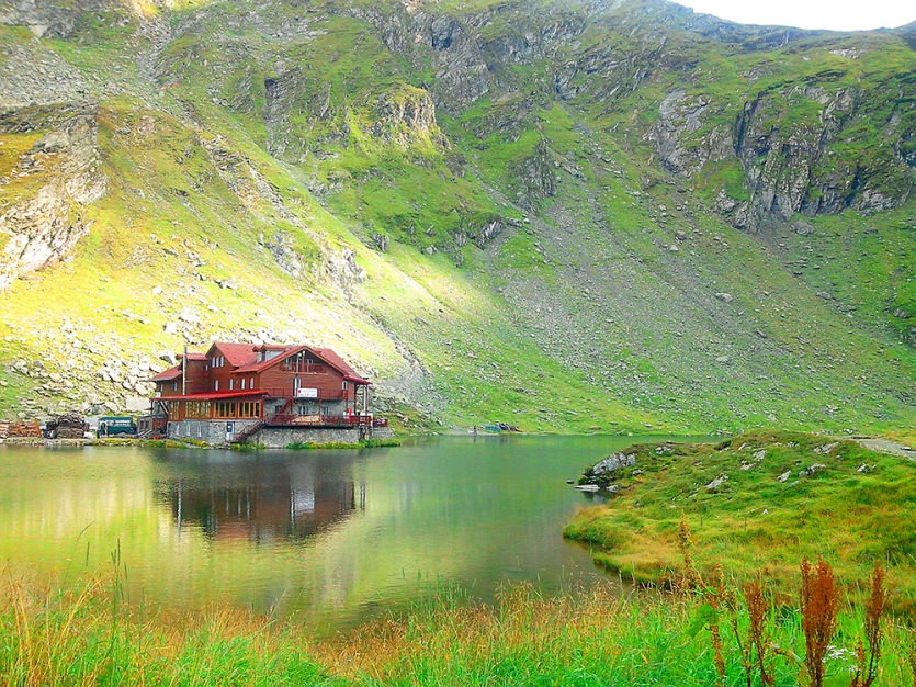 Balea Cabin on Mountain Lake