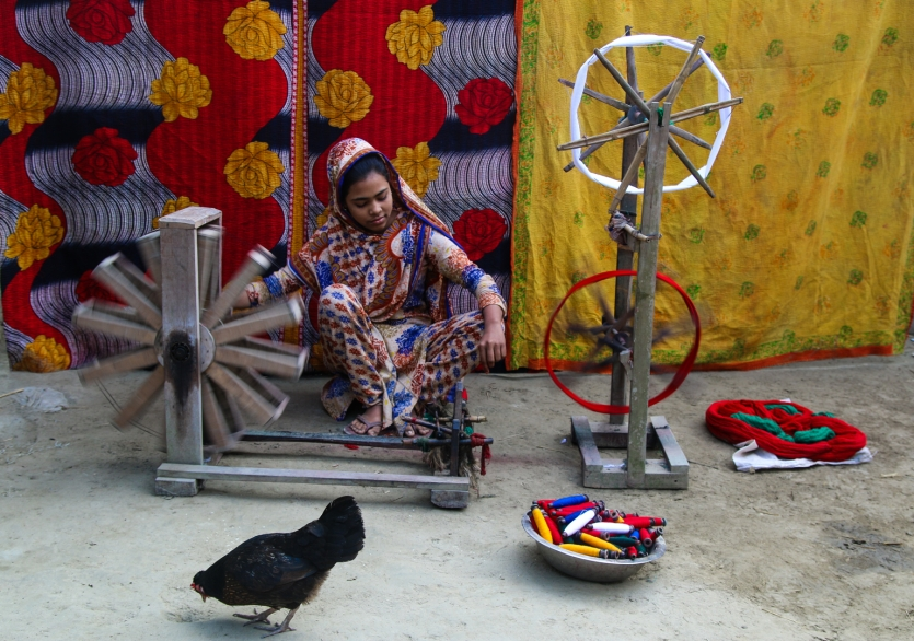 girl making cotton