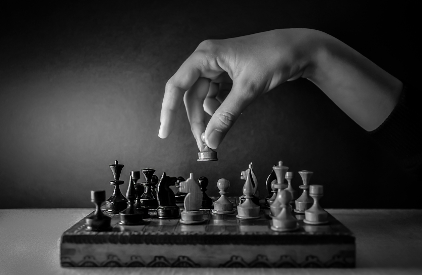 """""""Dive"""" to the chess world ..."""