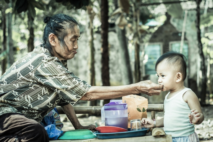 Feed the Grandchild's Meal with full of Happines