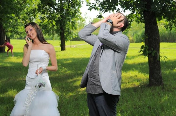 beeing late on own weding