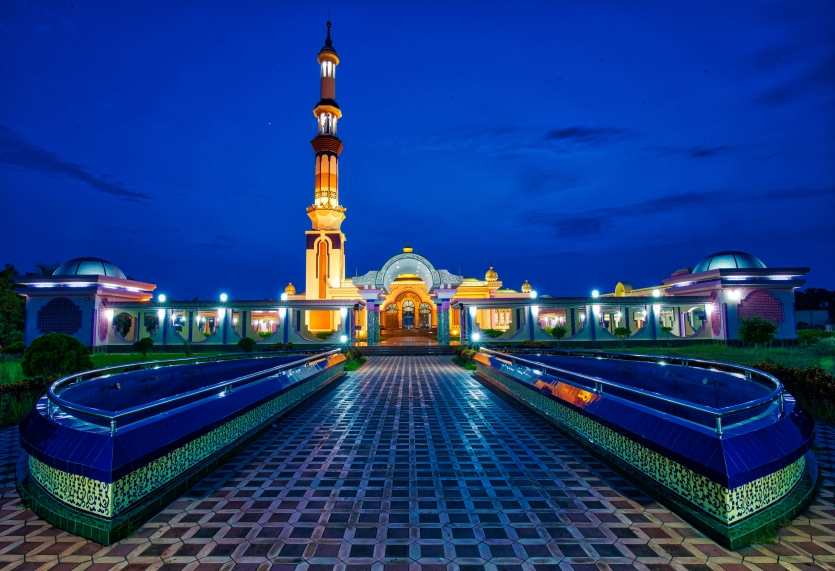 Beautiful mosque at night