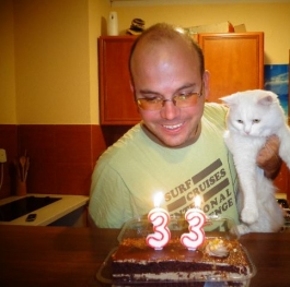 A very special birthday with a very special cat