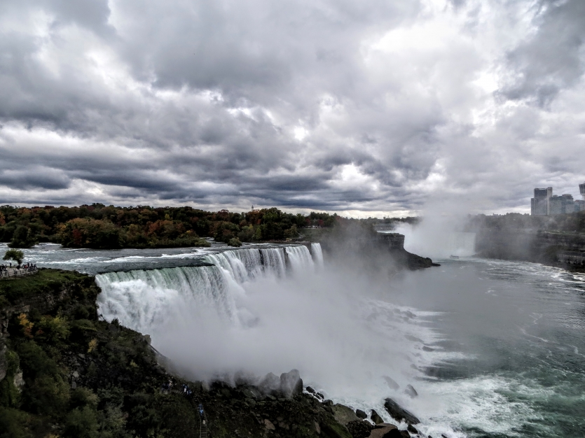 Niagara falls - the great power of nature