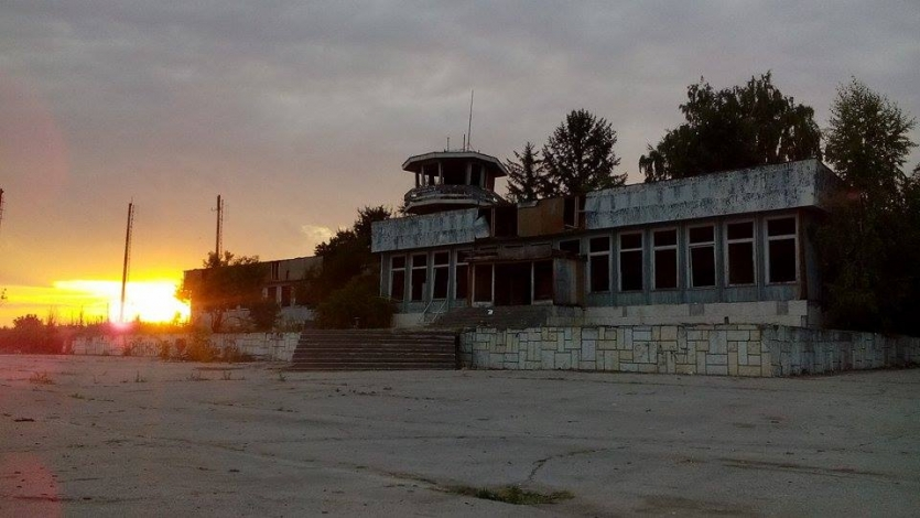 Sunset of the lost airport..