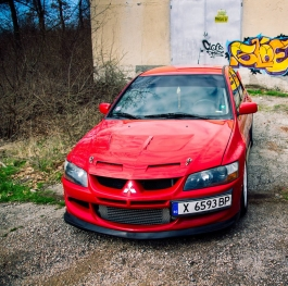 Mitsubishi Evo and graffiti