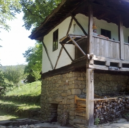 authentic Bulgarian house of Architectural-Ethnographic Complex