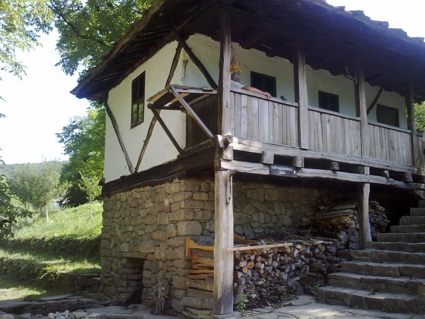 "authentic Bulgarian house of Architectural-Ethnographic Complex ""Ether"" - Gabrovo"