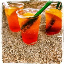 Vacation with a fresh drink on the beach